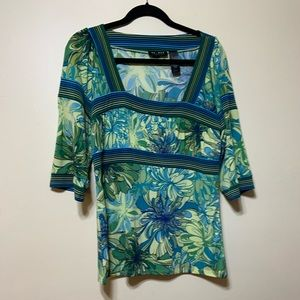 Large lime green floral 3/4 sleeve top
